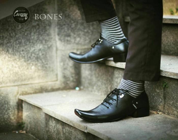 Sepatu Pria Pantofel Formal   Kerja Kulit Asli - CEVANY BONES - Hitam -  Hitam 82bf5d9080
