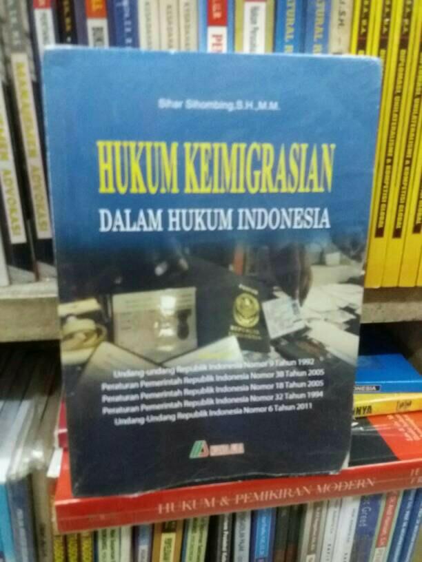 harga Hukum keimigrasian dalam hukum indonesia. Tokopedia.com
