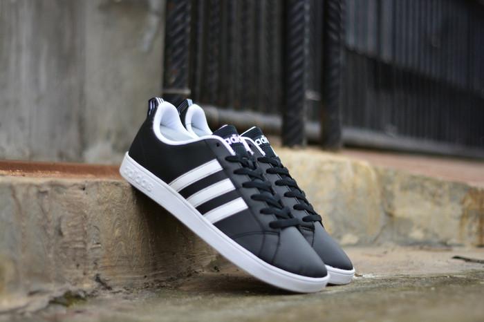 harga Adidas neo advantage vs black white original sneaker for men's Tokopedia.com