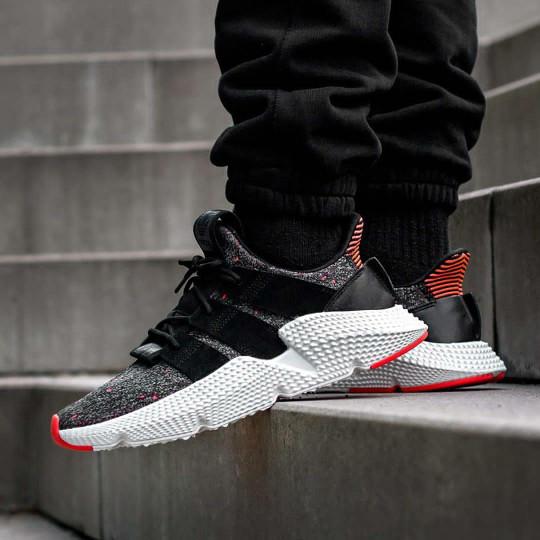 Deretan Seri Sneakers Adidas Favorit Ane !