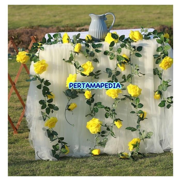 harga Mawar rambat gantung/ mawar rambat dekor /mawar rambat hiasan Tokopedia.com