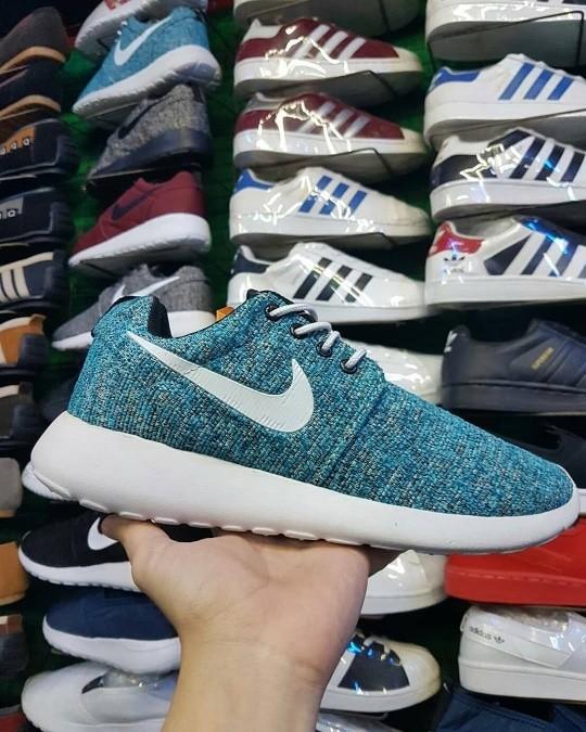 ... harga Nike rosherun   pria wanita   sepatu running lari casual roshe  run Tokopedia.com e71d9d14c4