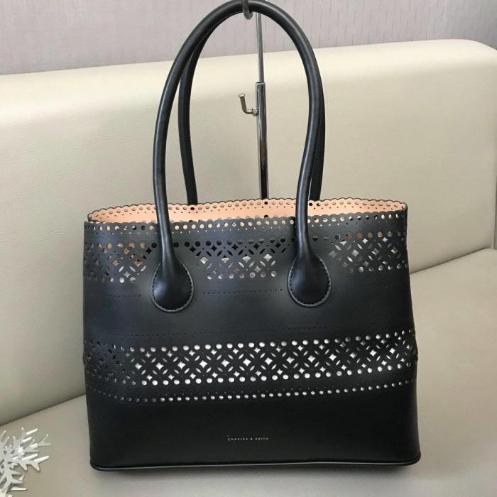 Tas Wanita CHARLES AND KEITH Ori Murah   SALE   Original   Hand bag 2e6d640498