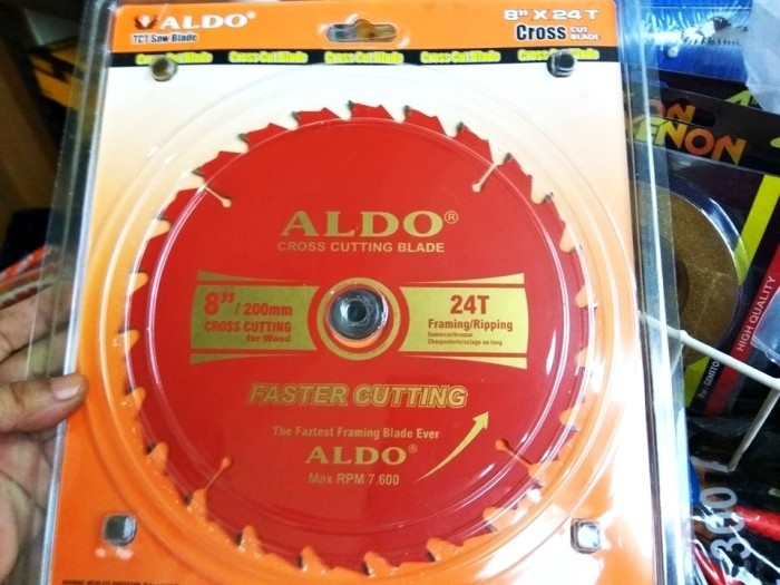 harga Mata potong circular 8  x 24t mata gergaji table saw 200mm cross cut Tokopedia.com