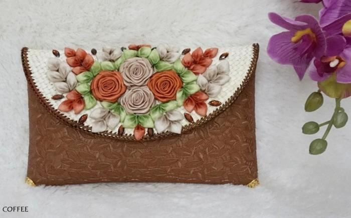 harga Dompet pesta dompet batik clutch cb03 coklat Tokopedia.com