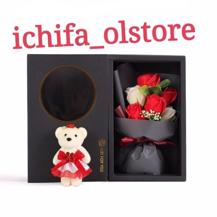 Jual buket bunga valentine buat kado ulangtahun cream 7bunga mawar 1 ... fef7d3b2a7