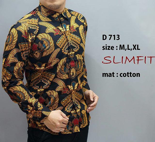 harga Kemeja batik pria slim fit / baju batik pria slim fit d713 Tokopedia.com