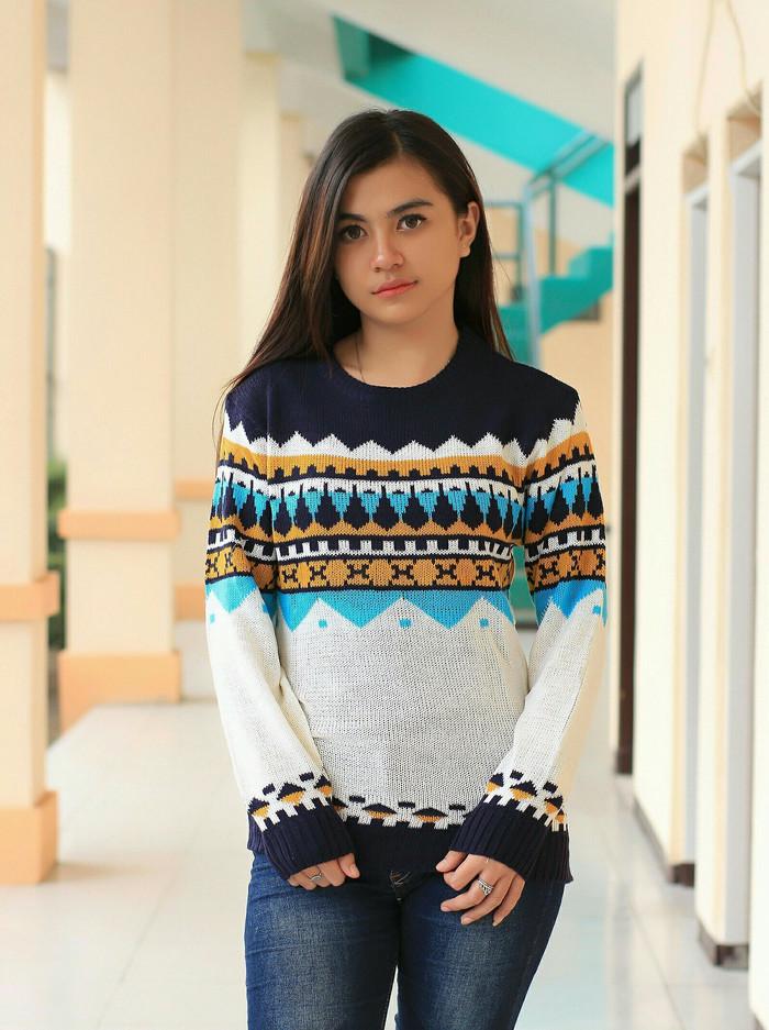 harga Naza white wanita sweater rajut tebal tribal korea baju fashion murah Tokopedia.com
