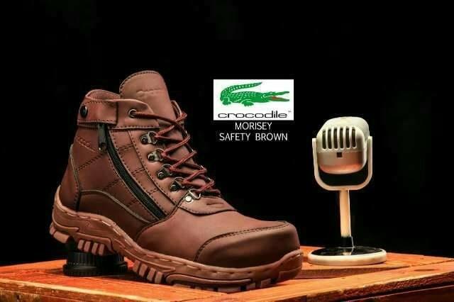 harga Sepatu pria casual boots crocodile morisey safety boot hiking turing Tokopedia.com
