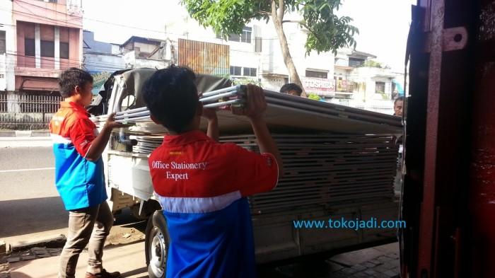 Foto Produk Papan Tulis Magnet Besar 120 x 240 SAKANA Free Ongkir Area JADETABEK dari officemart