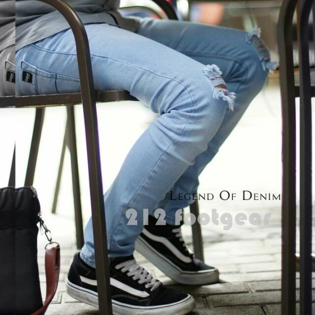 harga Celana jeans panjang sobek lutut jeans ripped pria celana levis robek Tokopedia.com