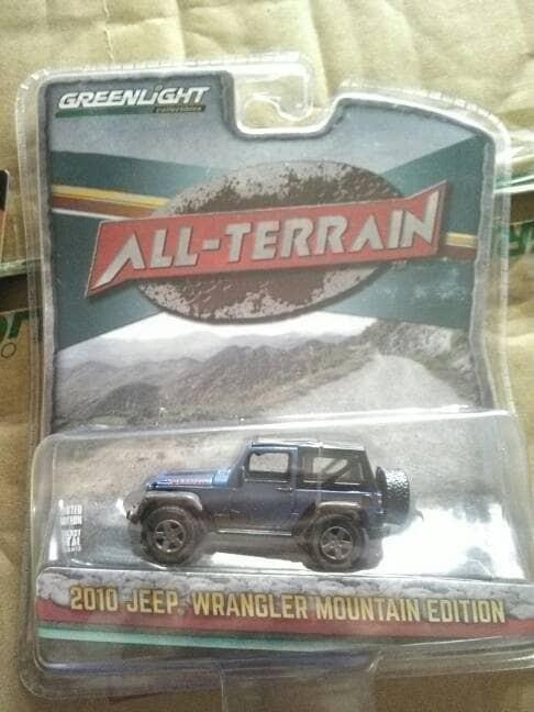 greenlight jeep wrangler 2010 mountain edition biru