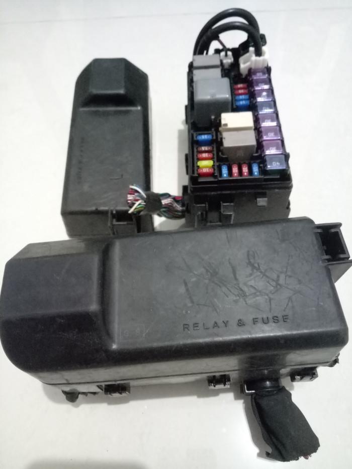 Jual FUSE BOX SKRING TOYOTA AVANZA XENIA RUSH DAIHATSU ORIGINAL - Kab. Harga Fuse Box Avanza on