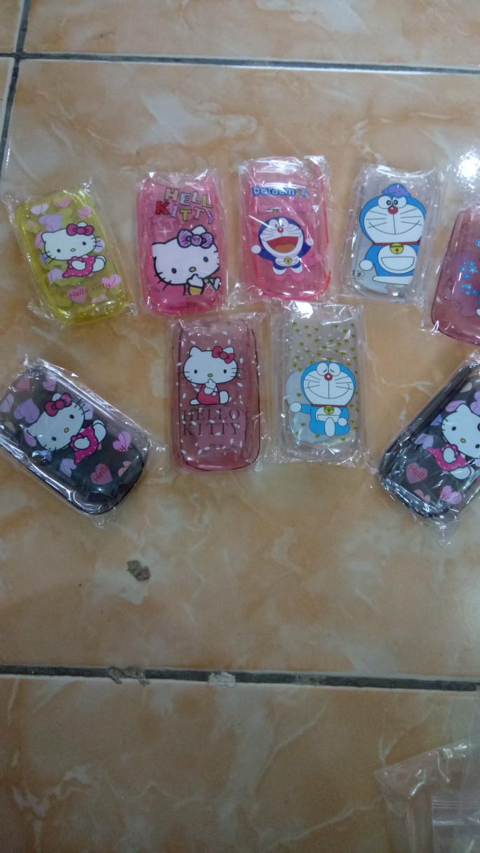 Jual Murah Cover Case HP Samsung Lipat Karakter Hello Kitty Dan Doraemon Kota Tangerang Tia Shoper