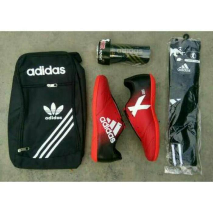 Info Sepatu Futsal Adidas Travelbon.com