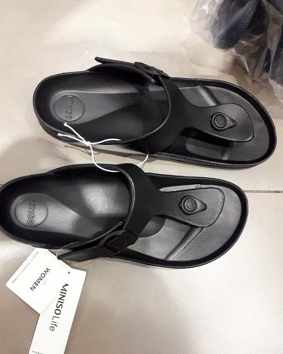 d7c4a3a165f sandal miniso jepit karet pria   slipper rubber miniso   Birkenstock