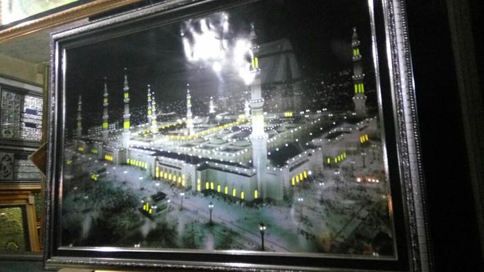 Jual Hiasan Dinding Kaligrafi Masjid Nabawi Pakai Lampu Kab