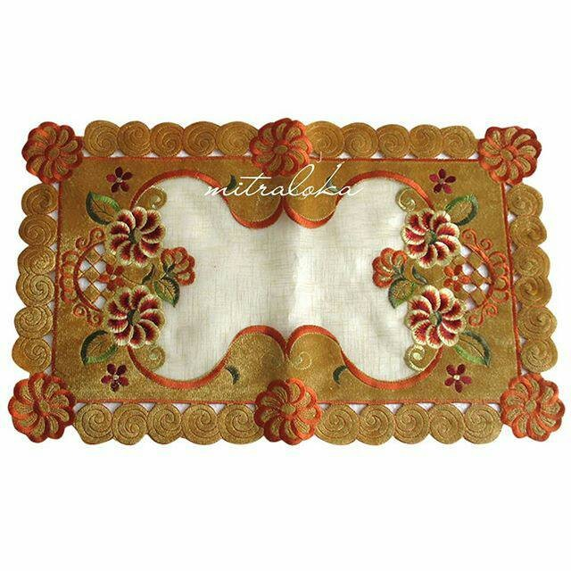 harga Mitra loka taplak meja kecil bludru / suede 58cm x 36cm motif bunga Tokopedia.com