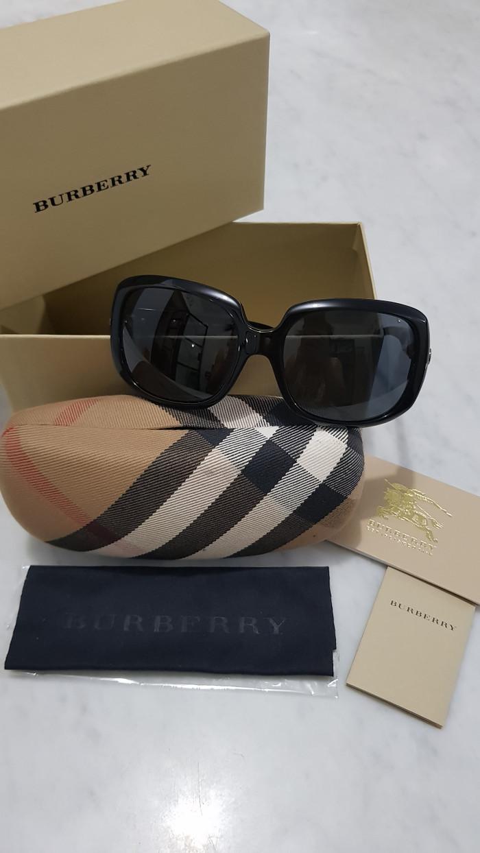 6ba7b9be14b8 Jual burberry sunglasses authentic original - petitetoyou   Tokopedia