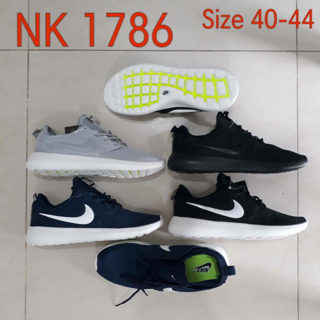 newest collection 4be6d 54c64 Jual nike roshe run 2 premium quality - Navy, 44 - DKI Jakarta -  jcentershop | Tokopedia