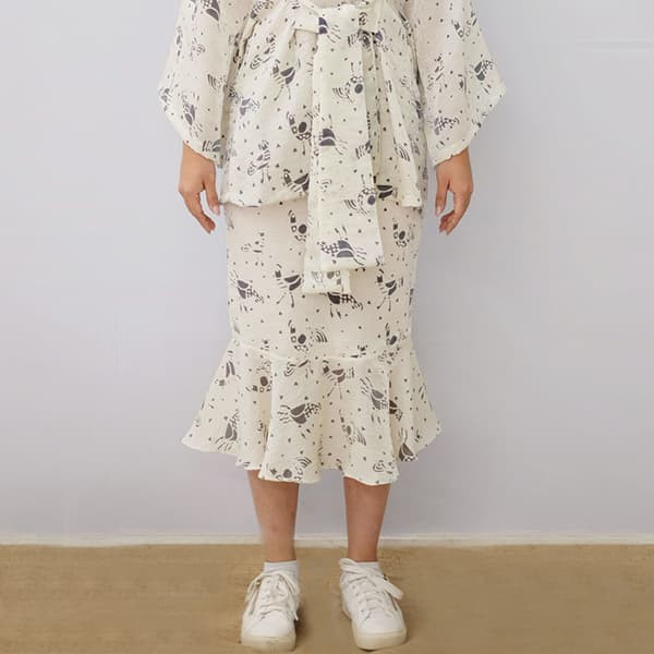 harga Oemah etnik praya batik skirt wanita white - s Tokopedia.com