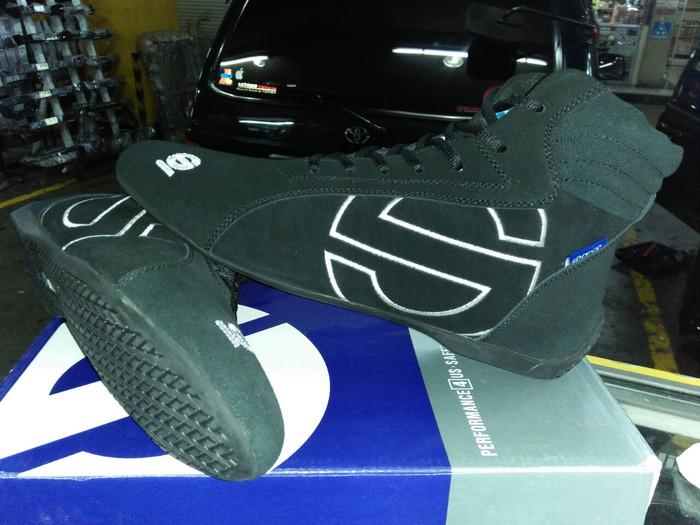 harga Sepatu buat balap mobil Tokopedia.com