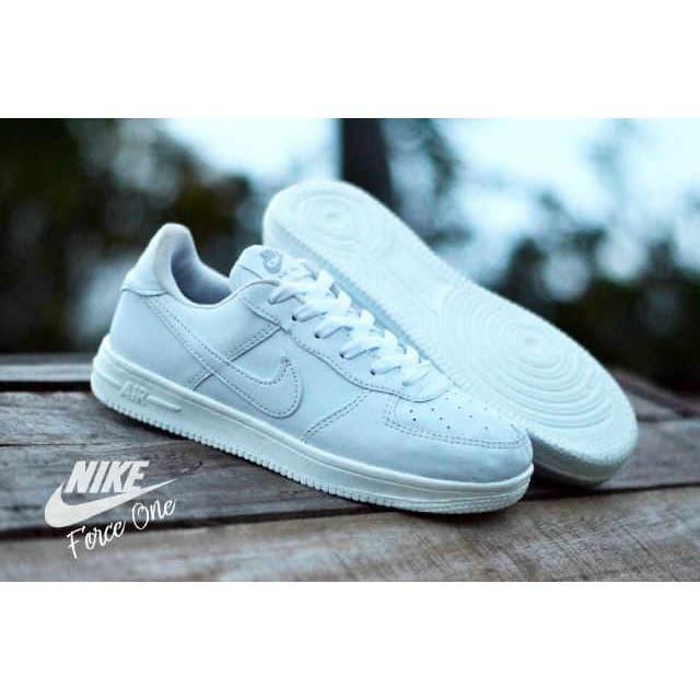 Info Sneakers Nike Wanita Hargano.com