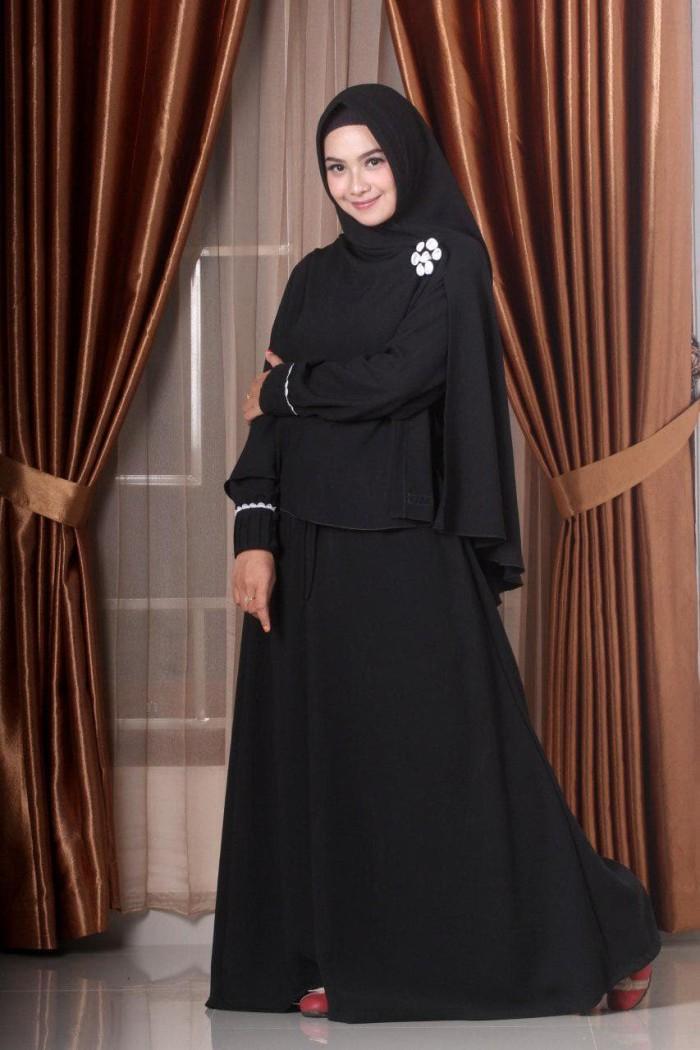 Jual Swarga Original Gamis dan Hijab Zahrani Hitam Syar'i - Kab ...