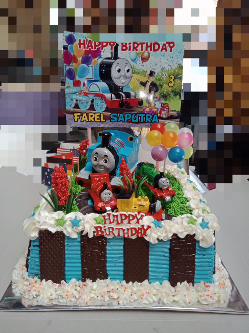 Jual Kue Ultah Anak Laki Isi Kue Blackforest Ukuran 20x20cm Mainan Thomas Jakarta Barat Zahira Blanja Ya Tokopedia