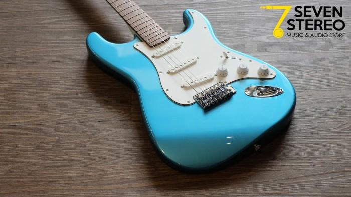 harga Squier affinity strat rw-lpb electric guitar limited edition color Tokopedia.com