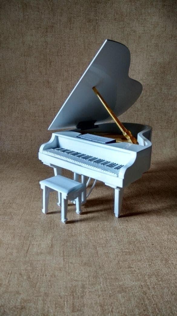 harga Miniatur grand piano yamaha white custom Tokopedia.com