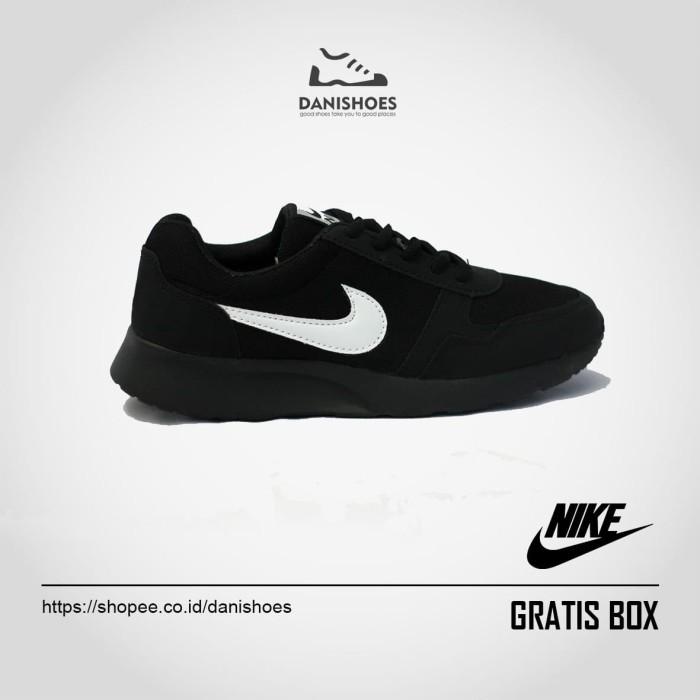 harga Sepatu sekolah nike sneakers olahraga pria wanita cowok cewek running Tokopedia.com