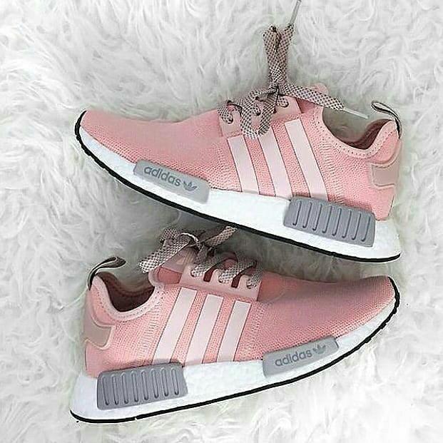 new product a8dc0 6304c Jual sepatu sneakers adidas nmd r1 Vapor Pink premium grade ori women cewek  - Merah Muda, 38 - Jakarta Selatan - arliniashopaholics | Tokopedia