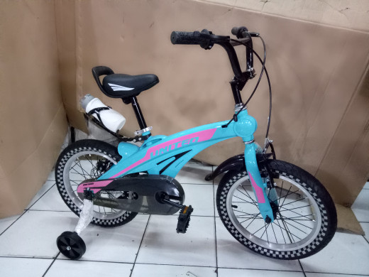 harga Sepeda anak 16 bmx united aero rembelakangcakram,frame:magnesium alloy Tokopedia.com