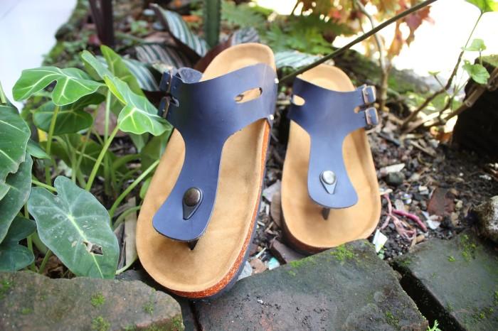 harga Sendal sandal pria sandal casual sandal model birkent bisa custom Tokopedia.com