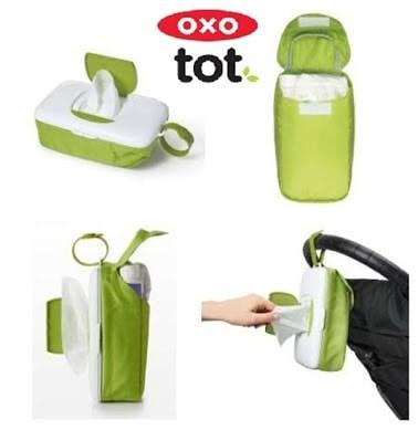 ... harga Oxo tot on the go wipes dispenser & diaper pouch-green / tempat tissue