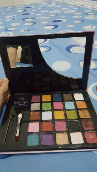Jual Eye Shadow Palette Sariayu Ellen Cellular Tokopedia