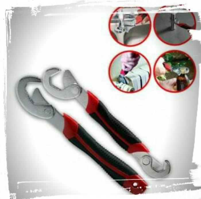 harga Magic wrench/kunci pas multifungsi - black red Tokopedia.com