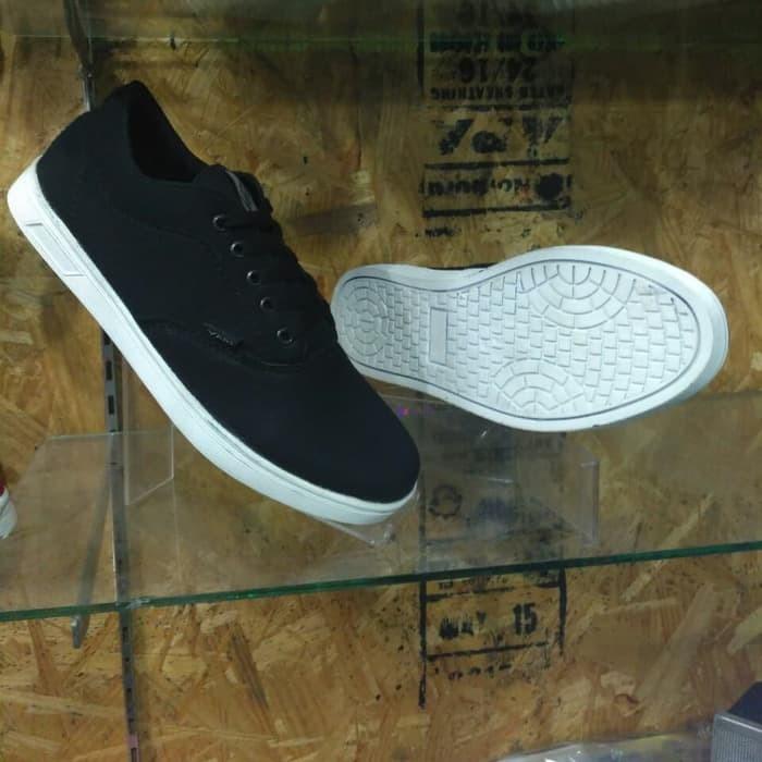 Jual sepatu vans authentic hitam polos cek harga di PriceArea.com db03105bdd