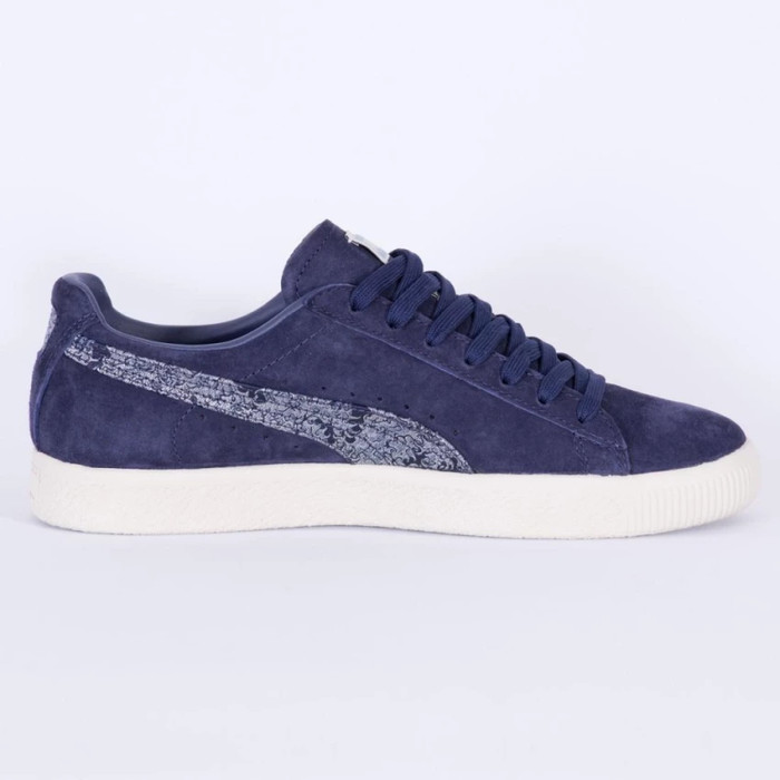 hot sale online aded2 03dbc Jual Sepatu Sneaker Puma suede Clyde Marine FM 36478701 - Navy, 38 -  SarangSepatu | Tokopedia