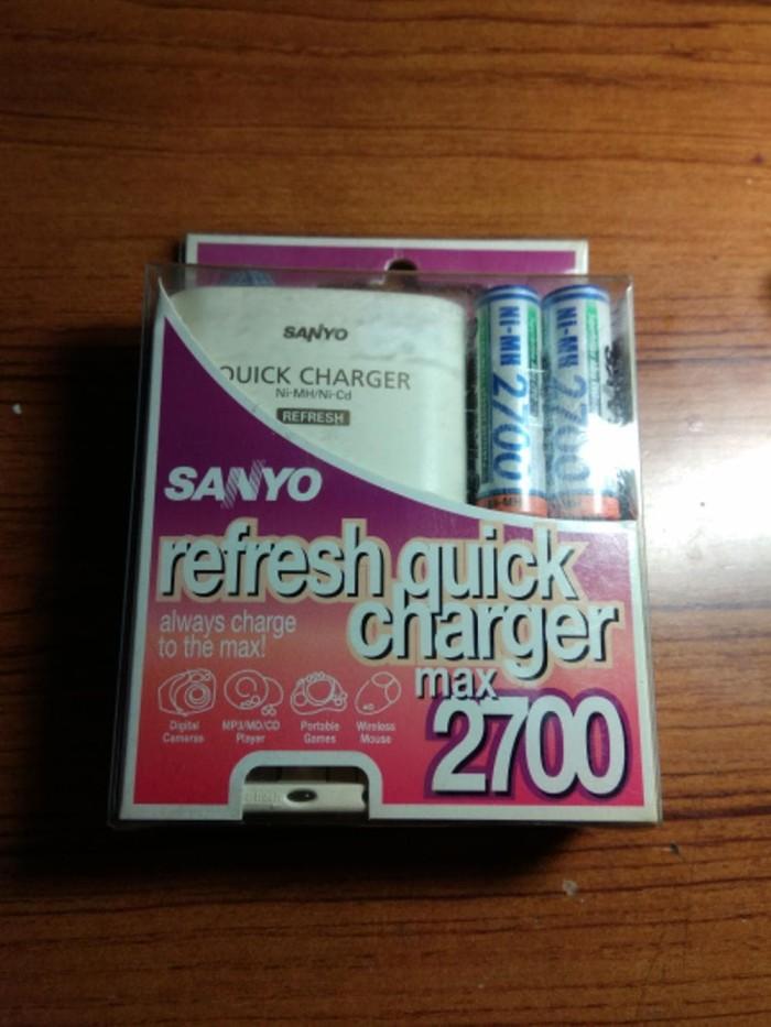 Charger n Baterai AA Sanyo 2700 quick charger ORIGINAL Promo
