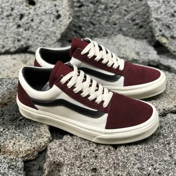 Jual Sepatu Vans Old Skool Vintage Off White Maroon Black waffle DT ... 46b727c765