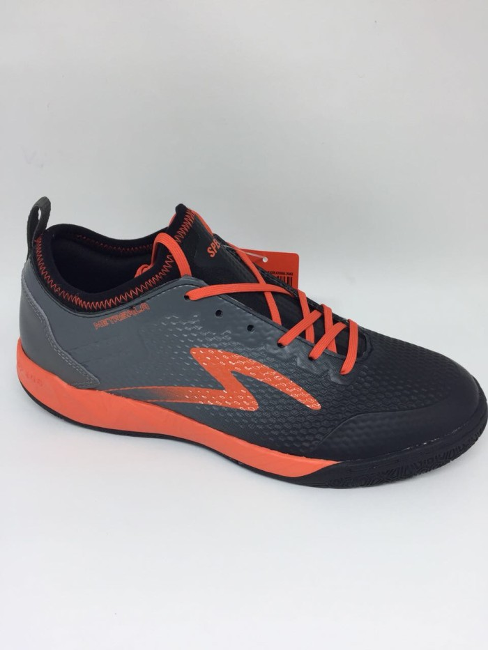 harga Sepatu futsal specs original metasala musketeer black orange new 2018  Tokopedia.com 06627fac58