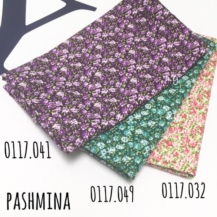 Pashmina monochrome jilbab kerudung motif bunga flower