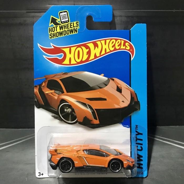 Hot Wheels Lamborghini Veneno Orange