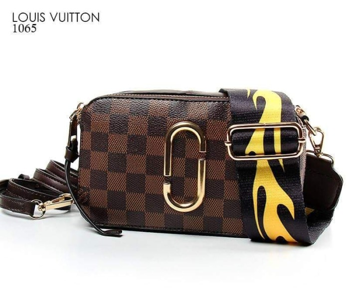 Jual Tas LOUIS VUITTON SNAPSHOT SMALL SLING BAG  - wena collection ... 46001c1932bc7