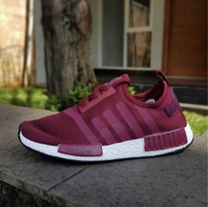 bea524950c934 sepatu sneakers casual running adidas nmd r1 import cewek women wanita -  Peach