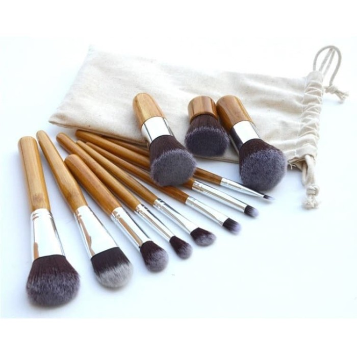 Kuas set isi 11 kayu + pouch (make up brush)