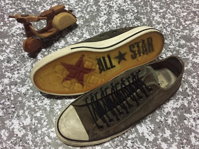 1aeb32d9ff46 ... reduced preloved sepatu converse john varvatos cf5f9 0a573