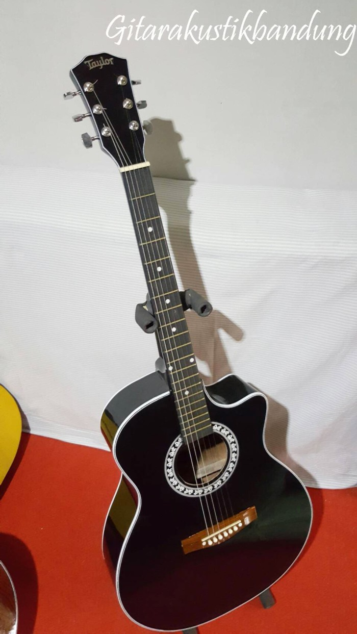 Gitar Akustik Jumbo Murah Bandung Bisa Gojek